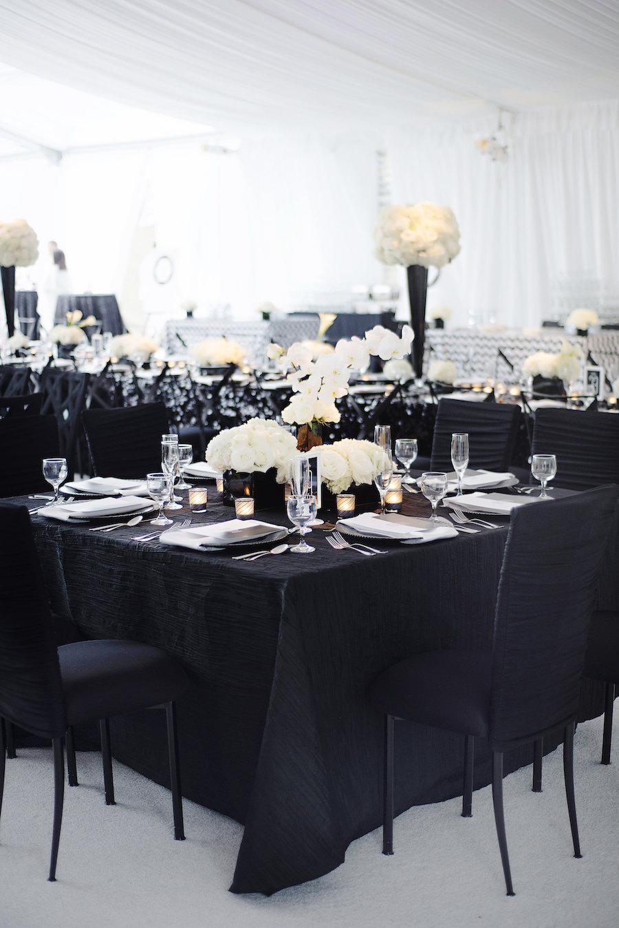 Sophisticated Black and White Wedding Affair
