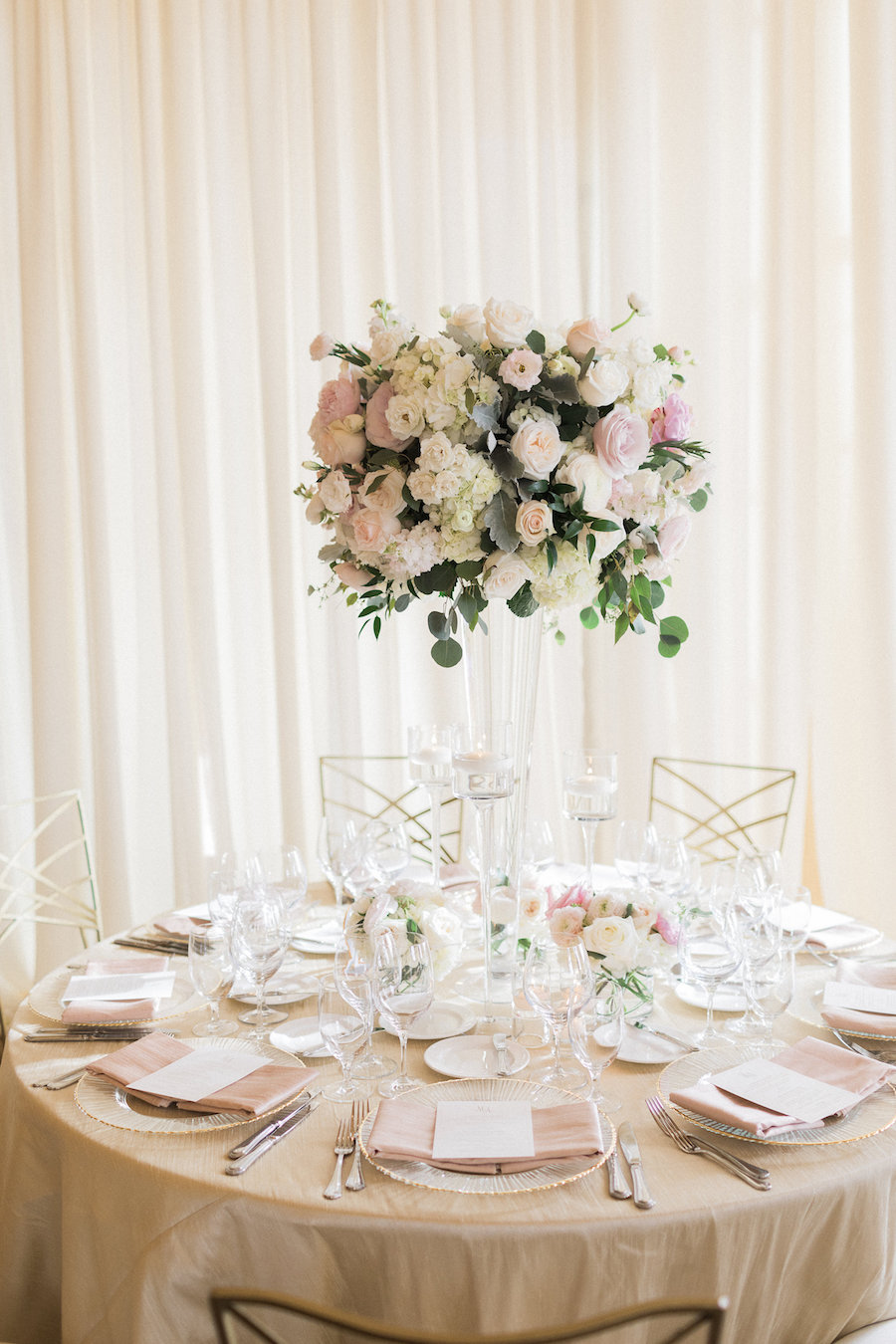 Sophisticated Soiree Featured on Inside Weddings1