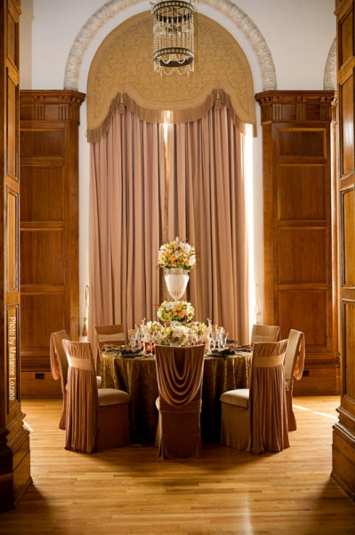 Intimate Events - 2009 - Tic Tock Couture Florals